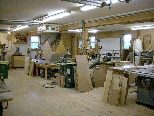 woodworking shop rental